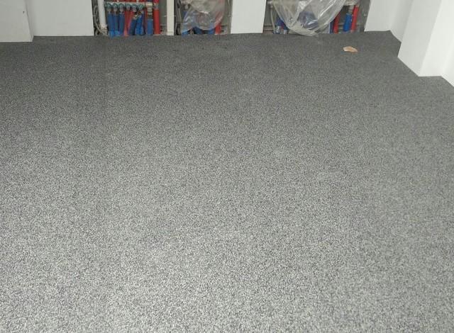 Резиновое покрытие для детских площадок рулонное